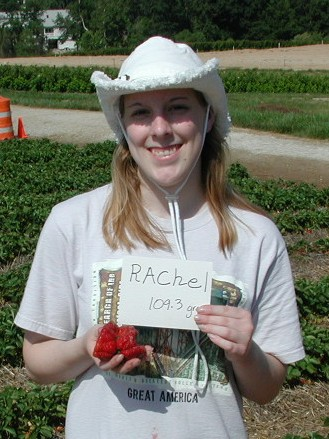Biggest Strawberry Record at Lakeview Farms